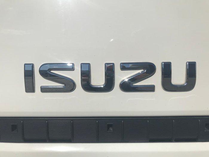 2017 ISUZU NNR200 null null WHITE