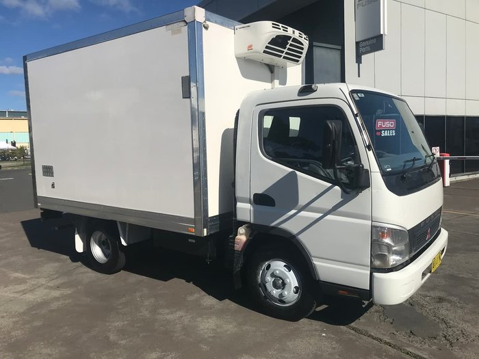 2007 FUSO CANTER WHITE
