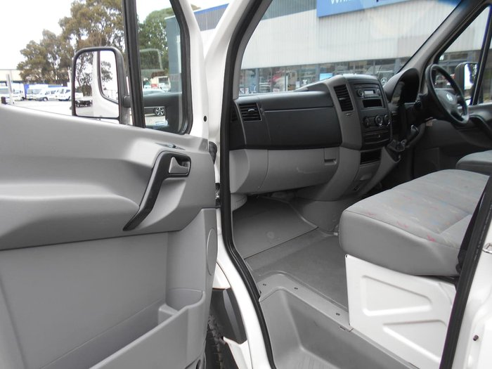 2010 VOLKSWAGEN CRAFTER null null White