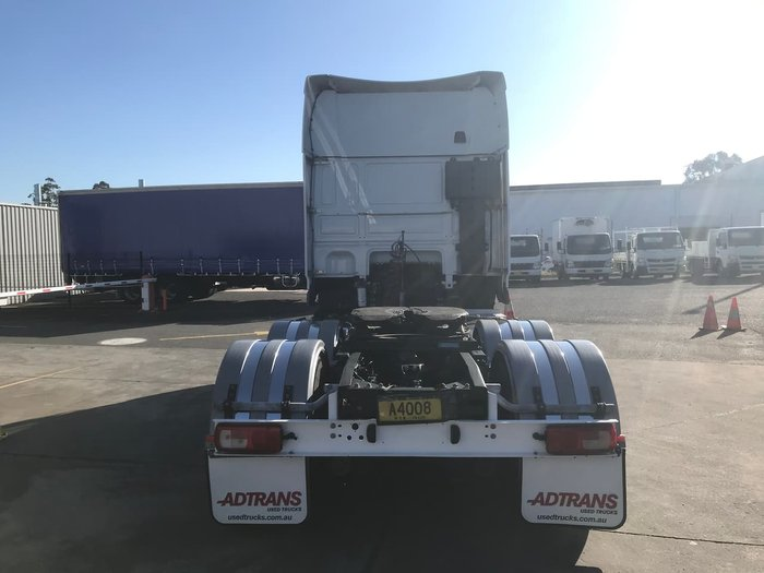 2014 DAF XF105 null null WHITE