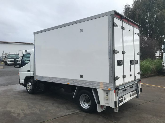 2016 FUSO CANTER 515 null null null