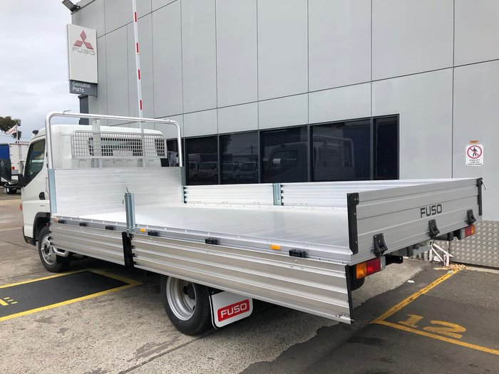 2020 FUSO CANTER 515 WIDE CAB MANUAL null null White