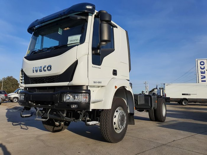 2021 IVECO ML150 4X4 SLEEPER CAB null null White