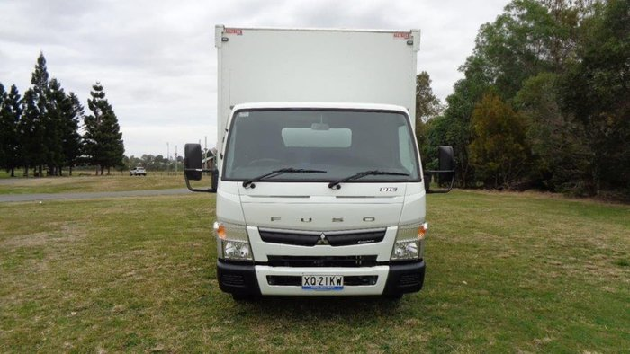 2017 FUSO CANTER null null White