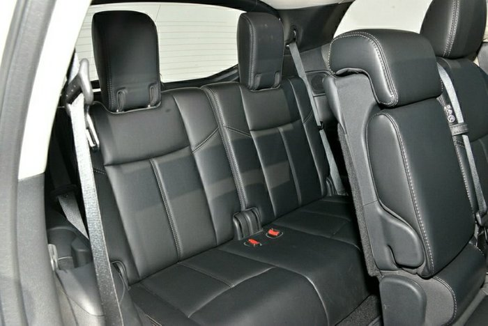 2019 Nissan Pathfinder ST-L R52 Series III MY19 BRILLIANT SILVER
