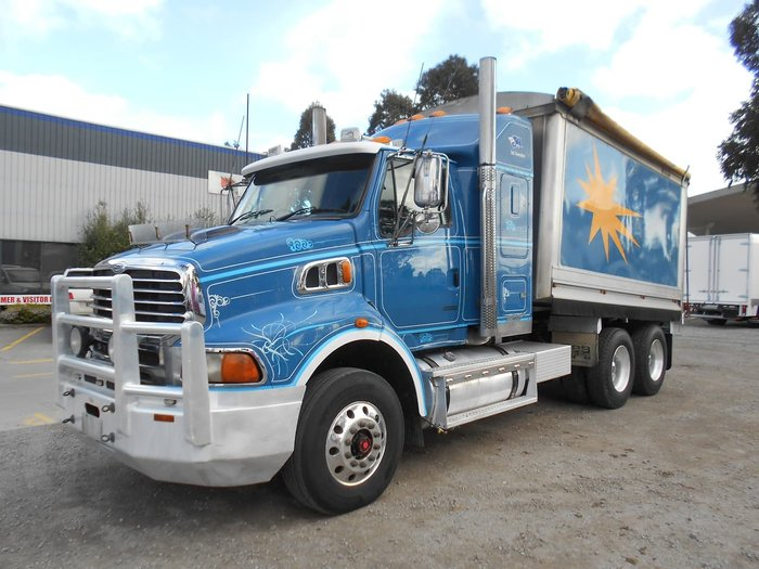 2009 STERLING LT9500 null null Blue