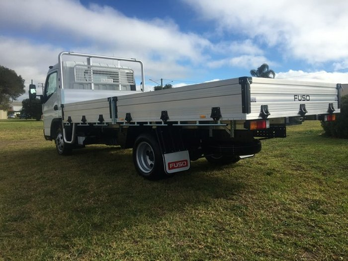 2020 FUSO CANTER 515 WIDE CAB ALLOY TRAY null null White
