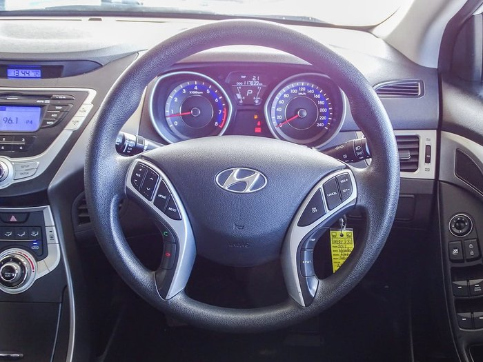 2011 Hyundai Elantra Active MD White