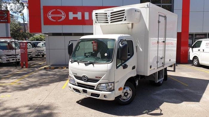 2020 HINO 300 SERIES 616 IFS AUTO FRIDGE TRUCK null null White