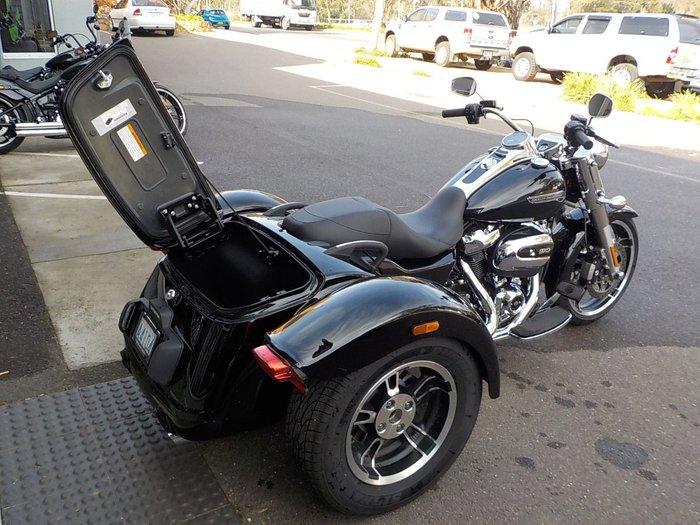 2020 Harley-davidson FLRT FREEWHEELER Black