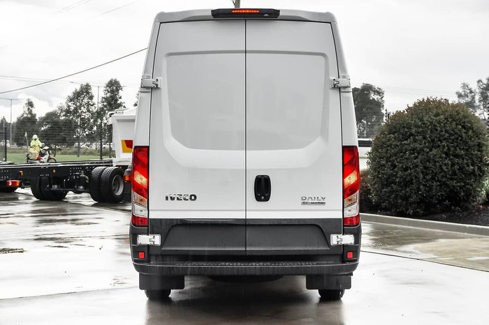 2020 IVECO DAILY 35S17 VAN - 12M null null white