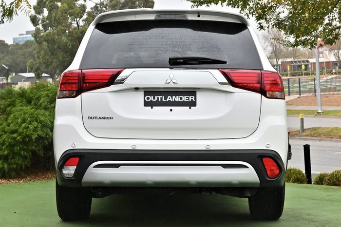 2020 Mitsubishi Outlander LS ZL MY20 White