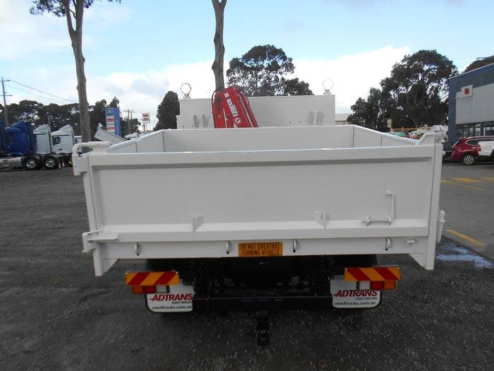 2013 HINO 917 - 300 SERIES null null White