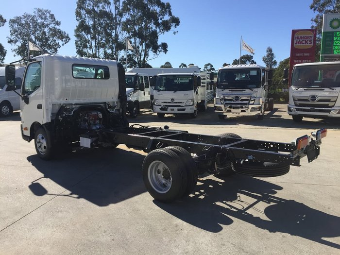 2020 HINO 616 AT 3430 WIDE null null White
