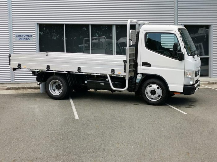 2020 FUSO CANTER null null WHITE