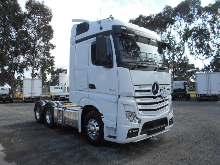 2017 MERCEDES-BENZ 2653 ACTROS null null White