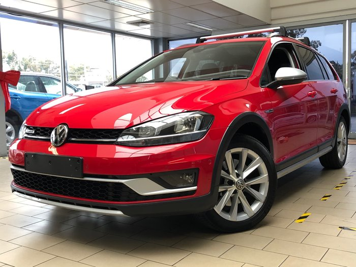 2017 Volkswagen Golf Alltrack 132TSI 7.5 MY17 Four Wheel Drive Red