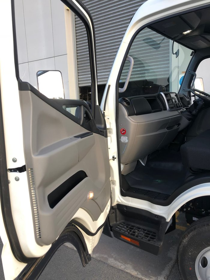 2020 FUSO CANTER 815 FACTORY TIPPER MANUAL null null White
