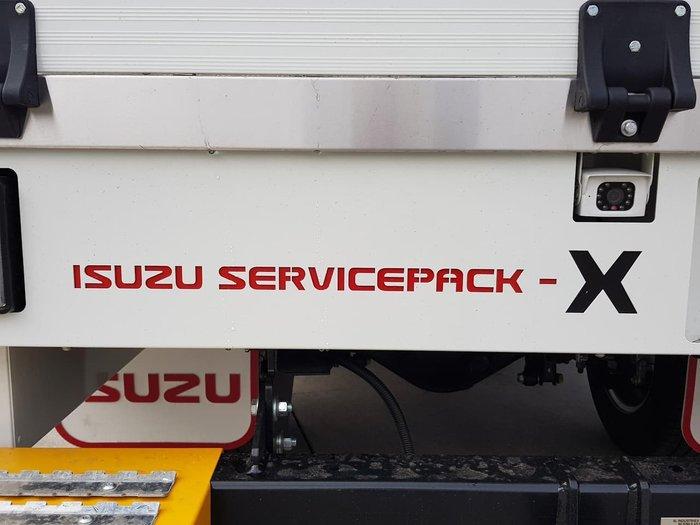2020 Isuzu NLR 45-150 AMT SERVICEPACK X null null WHITE