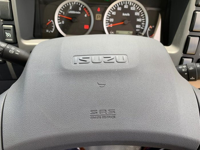 2020 Isuzu NLR 45-150 SWB MANUAL