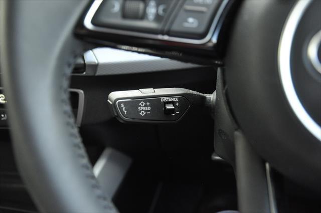 2019 Audi Q2 35 TFSI design GA MY19 Glacier White metallic