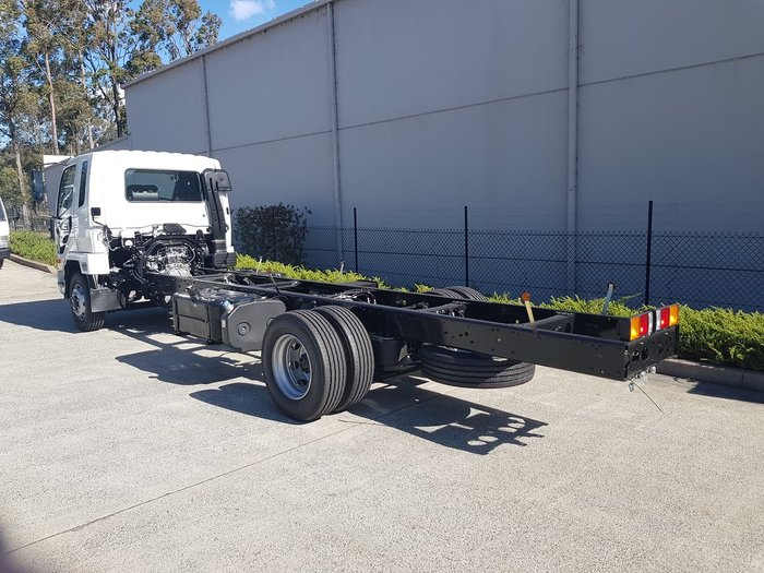 2020 FUSO FIGHTER 1224 AUTO AIR - CAB CHASSIS White
