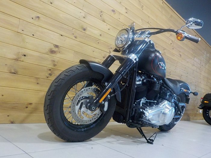 2018 Harley-davidson FLSL SOFTAIL SLIM BLACK