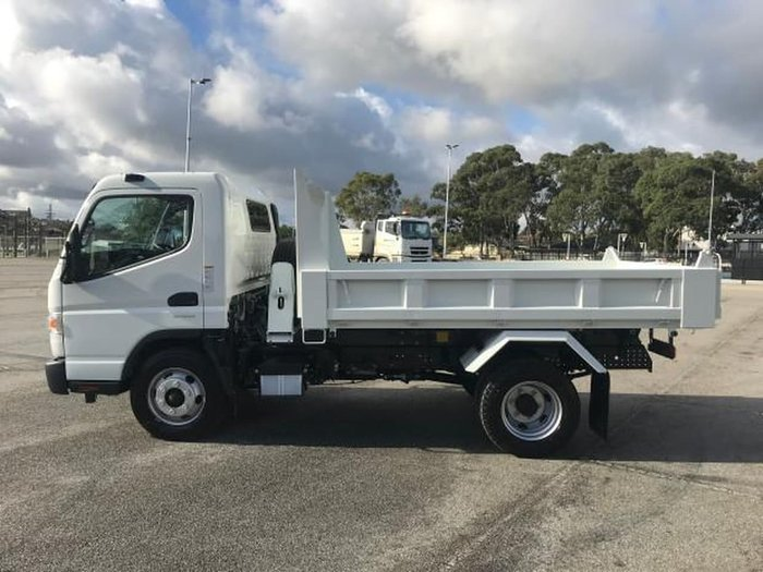 2021 FUSO CANTER 815 FEC81CR4SFAC White