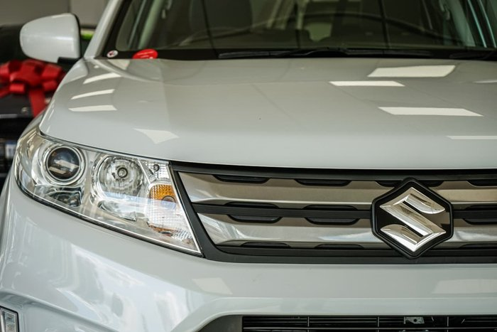 2018 Suzuki Vitara RT-S LY White