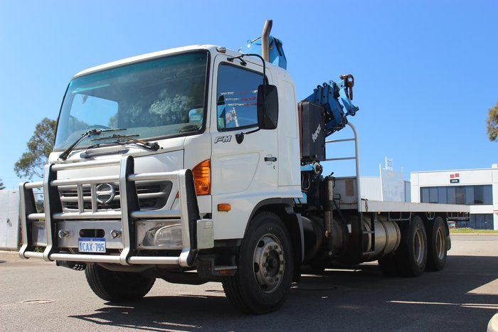2003 HINO PRO 14 LONG null null WHITE