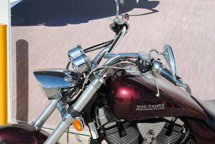 2008 VICTORY HAMMER Maroon