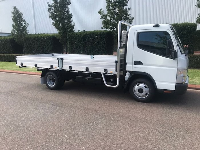 2020 FUSO CANTER 515 MWB null null null