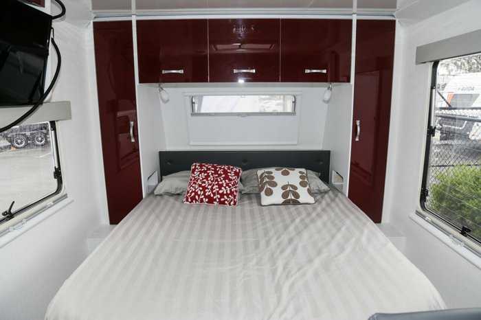 2016 Avida Avida Caravan CV7674 SL Topaz