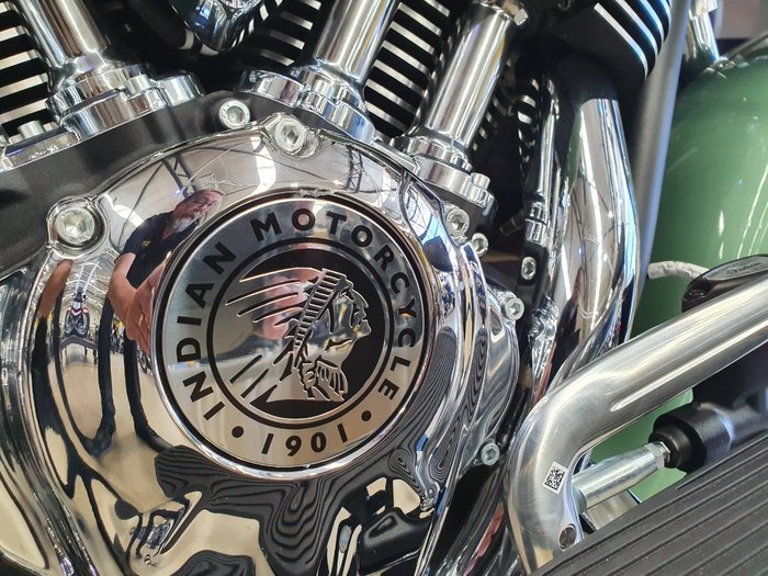 2020 Indian CHIEF VINTAGE W GREEN-IV CREAM Green
