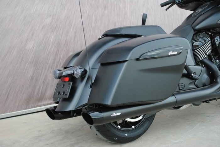 2020 Indian CHIEFTAIN DARK HORSE BLACK Black