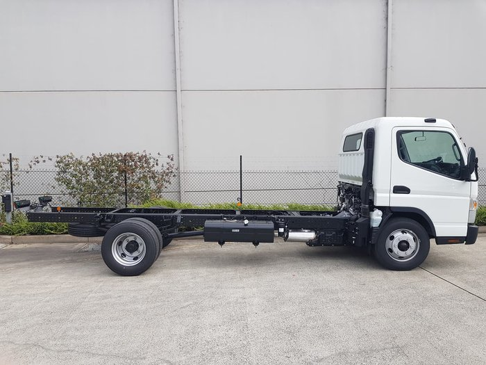 2020 FUSO CANTER 815 - CAB CHASSIS null null White