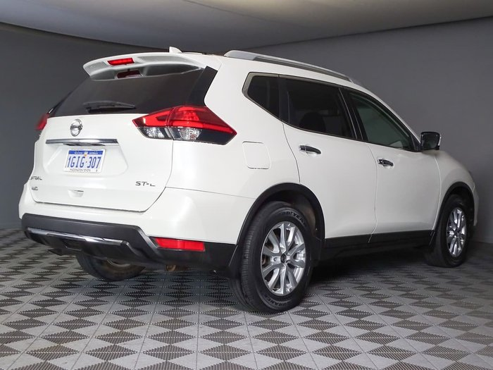 2017 Nissan X-TRAIL ST-L T32 4X4 On Demand White