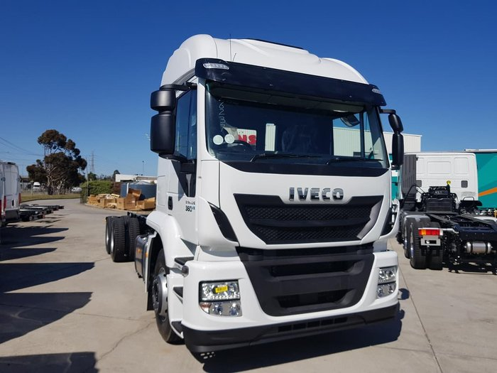 2020 IVECO 2020 IVECO STRALIS ATI 360 6X2 HIGH ROOF null null White