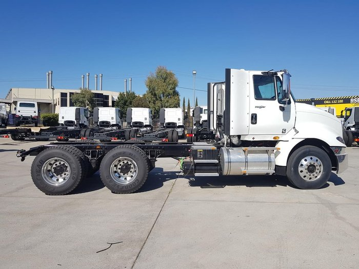 2020 INTERNATIONAL PROSTAR DAY CAB MANUAL 5M WHEELBASE SUIT TIPPER - 1 ONLY null null White