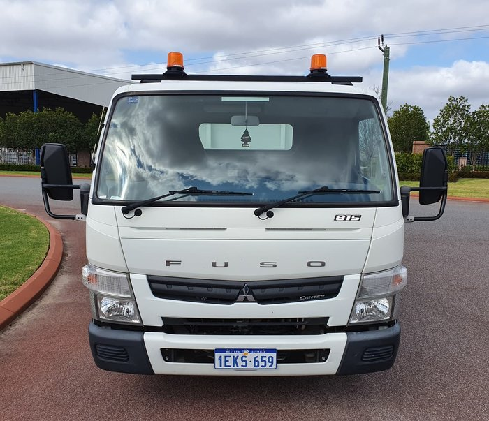 2013 FUSO 815 CANTER WHITE
