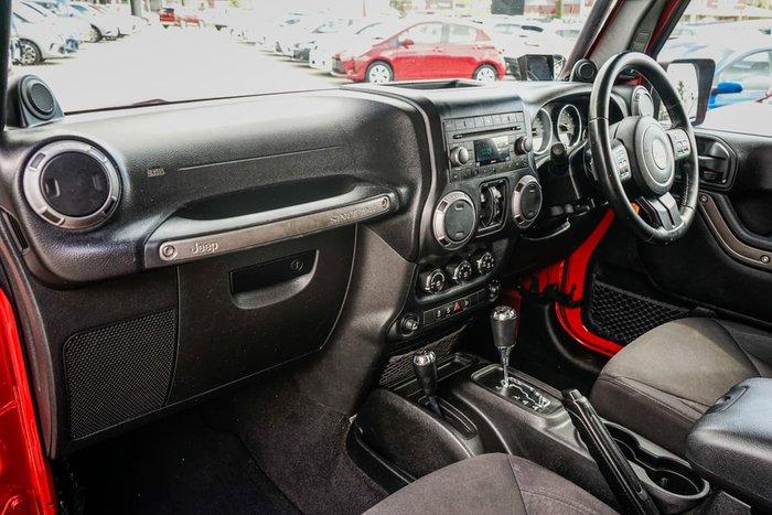 2014 Jeep Wrangler Unlimited Sport JK MY15 4X4 Dual Range Red