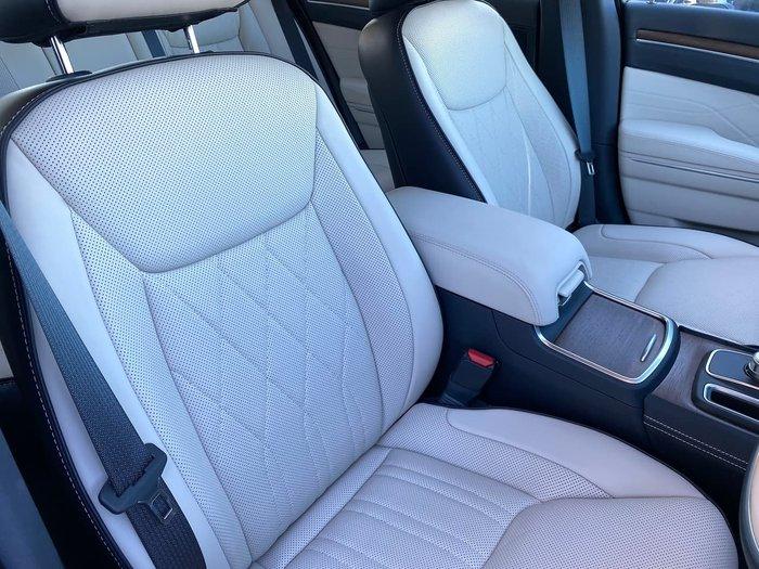 2018 Chrysler 300 C Luxury LX MY18 Black