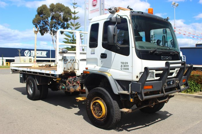 2001 ISUZU FTS750 SINGLE CAB 4X4 WHITE