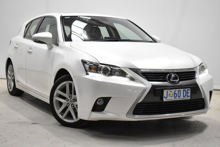 2015 Lexus CT CT200h Luxury ZWA10R White