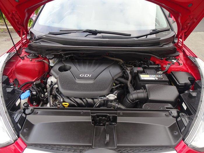 2012 Hyundai Veloster FS Red