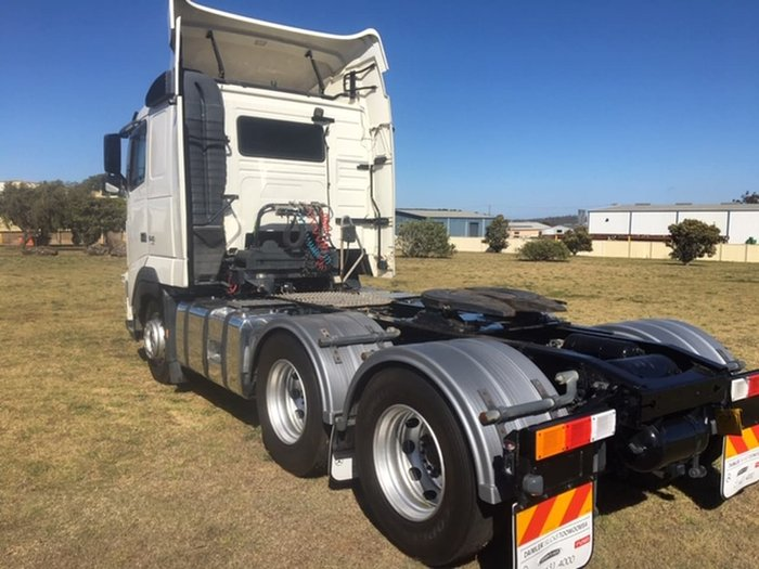 2012 VOLVO FH13 null null White