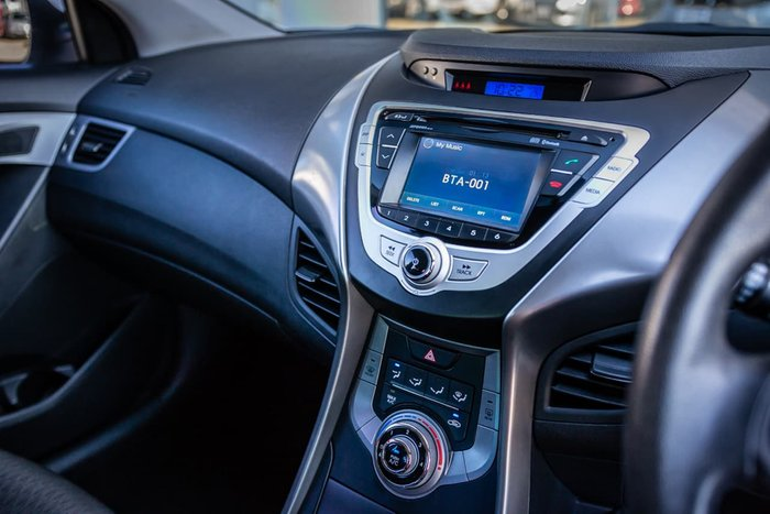 2013 Hyundai Elantra Active MD2 White