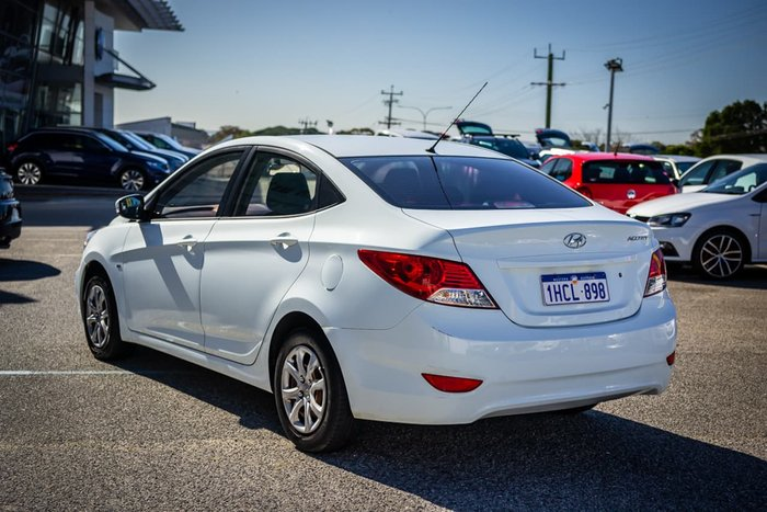 2012 Hyundai Accent Active RB White