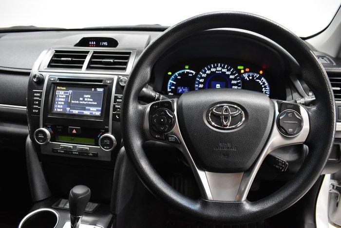 2014 Toyota Camry Hybrid HL AVV50R White