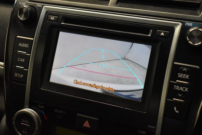 2014 Toyota Camry Hybrid H AVV50R White